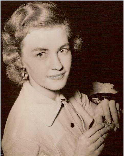 Gloria Halverson Gleave