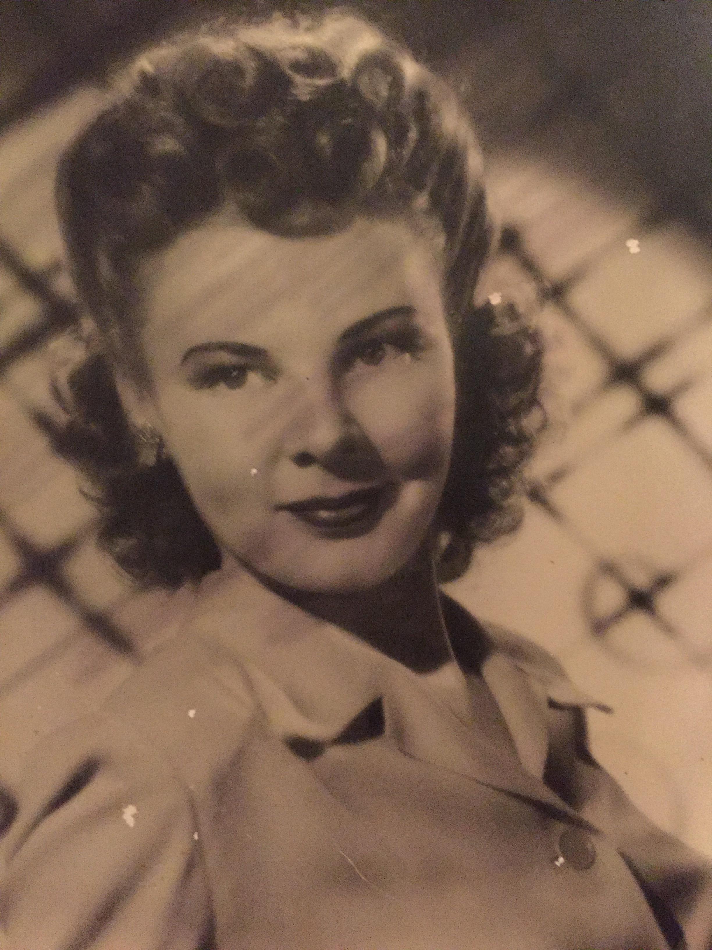 Ruth Rustad Applegate