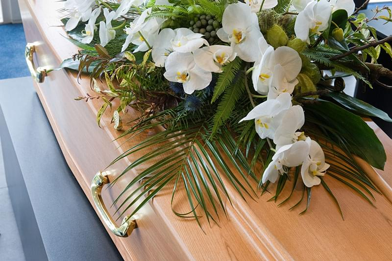 What Types Of Flowers Are Appropriate For Funerals