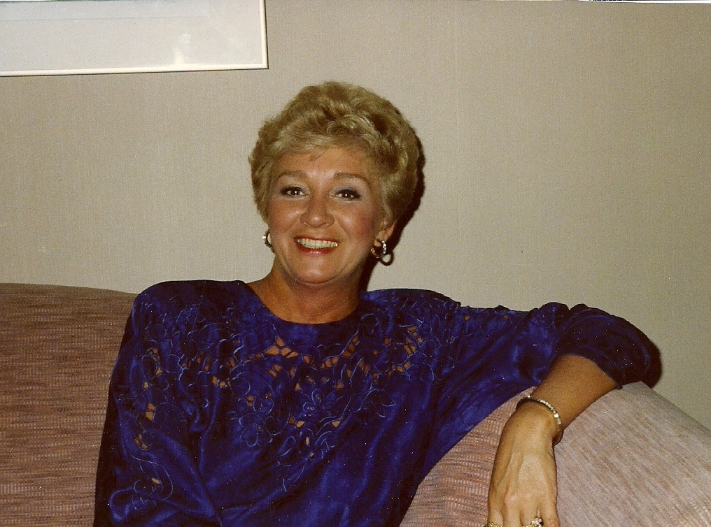 Lois Marie Logue