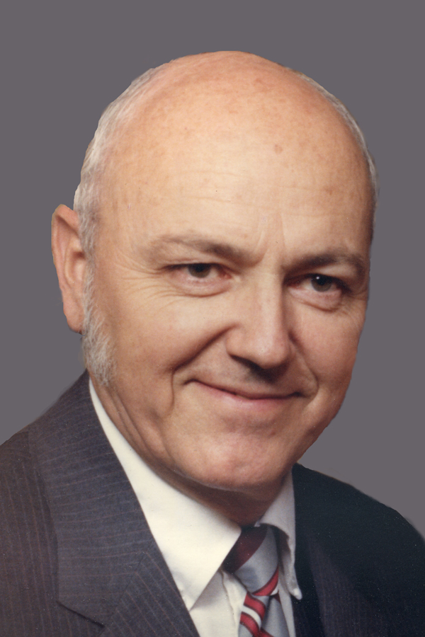 Dean Rich Vaterlaus