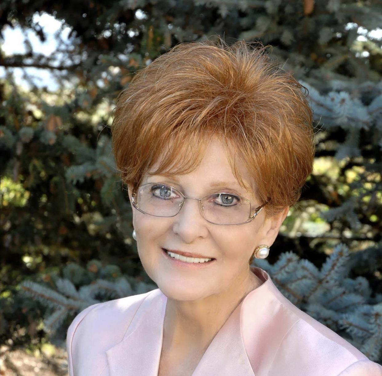 """Kathryn """"Kathy"""" Clarke Williams"""