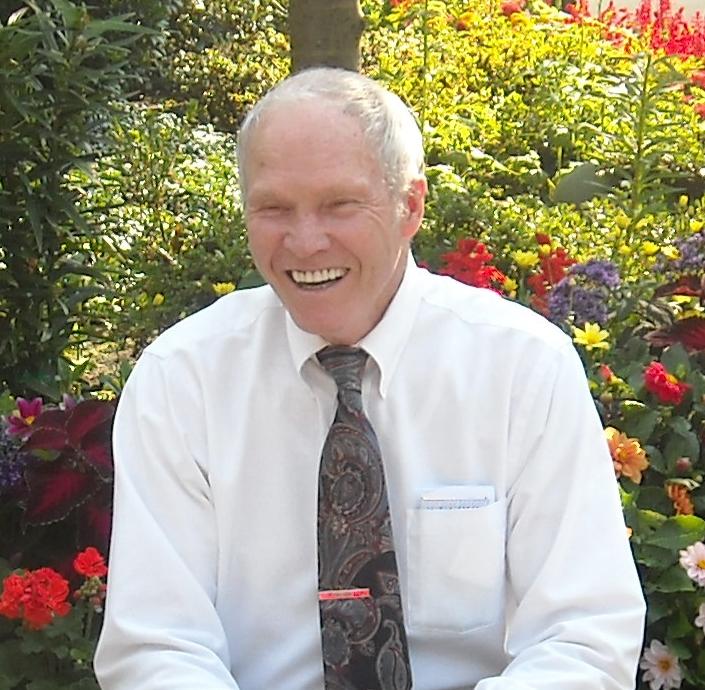 Bud Morris Cox