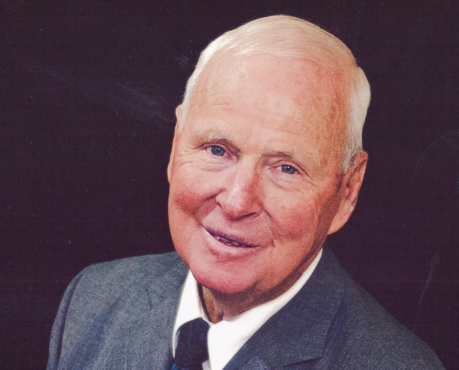 Lloyd Edward  Harper